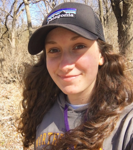picture of Corinne Myers with hat